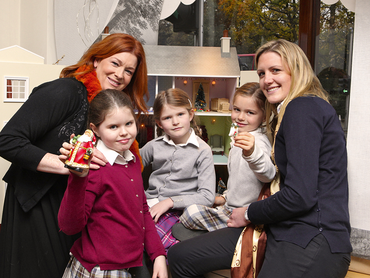 Bláthnaid Ní Chofaigh, Nancy Meaney, Isobel Meaney, Briena Meaney and Abigail Bernon (Picture by Ethna O'Brien) Galway   St. James's Hospital Foundation