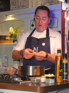 Neven cooking a shrimp